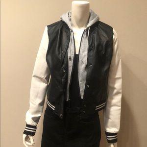 Rue 21 Black and White Varsity Jacket: M
